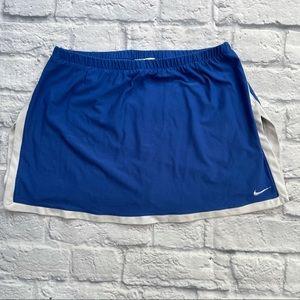 Nike Women's Dri-Fit Skort Size Small
